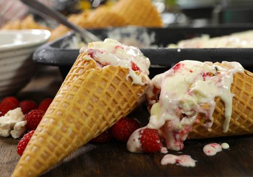 No Churn Passion Fruit, Raspberry and Pavlova Ice Cream Recipe